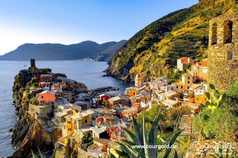 Busreise Italien Genua Cinque Terre Vernazza