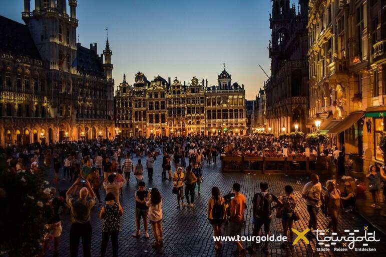 Highlight in Brüssel: Der Grote Markt bei Nacht